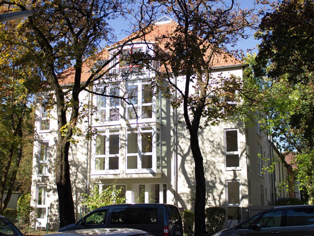 Kernsanierung Mehrfamilienhaus